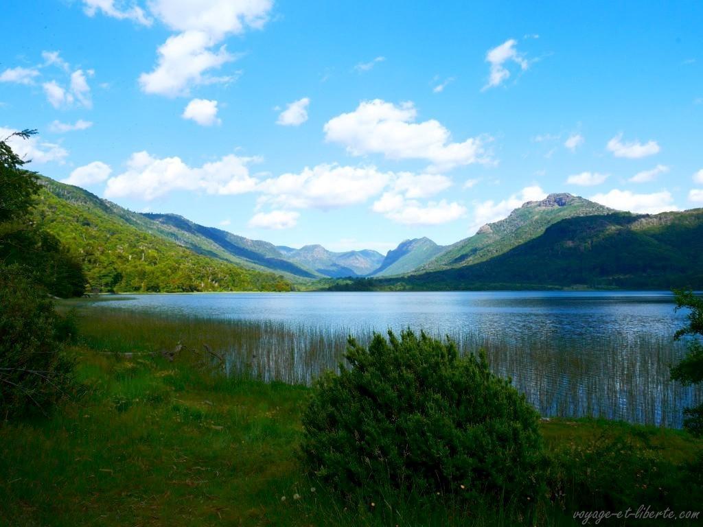 Et un lac